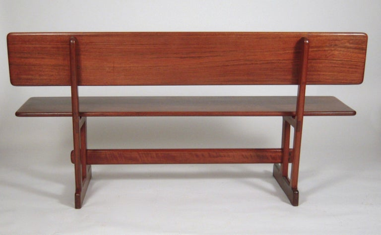 Gerald McCabe Dining Walnut Table with Two Benches In Good Condition For Sale In Essex, MA