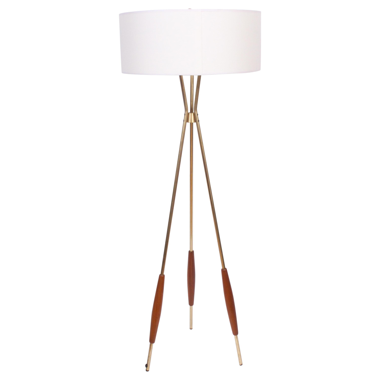 Tripod Lamp
