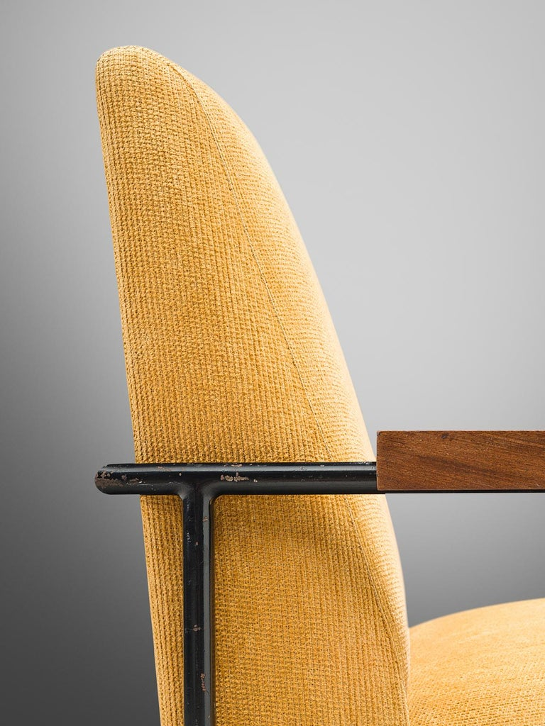 Geraldo de Barros Lounge Chair in Iron with Yellow Upholstery For Sale 2