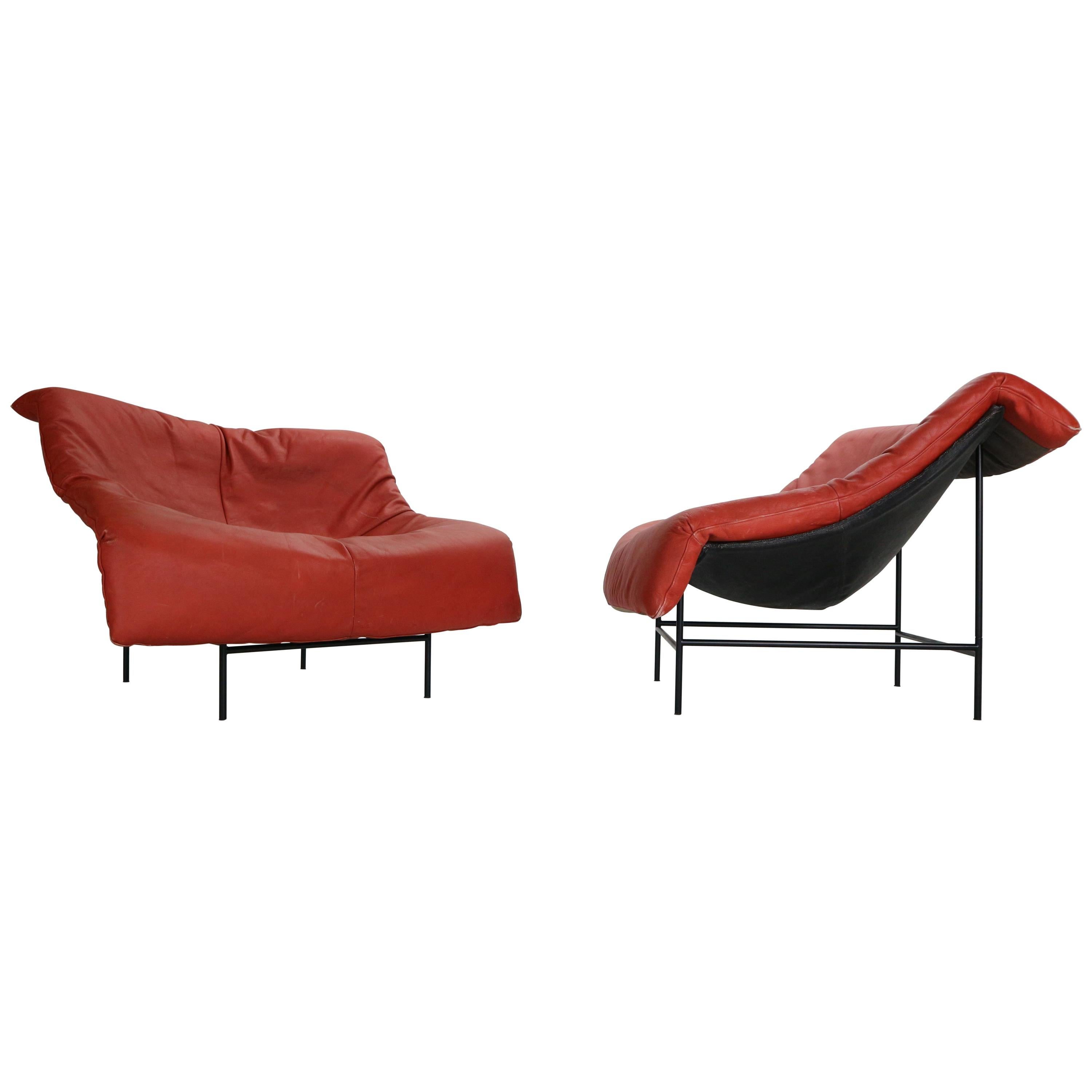 """Gerard v/d Berg Minimalistic """"Butterfly"""" Leather Lounge Chairs for Montis, 1980"""