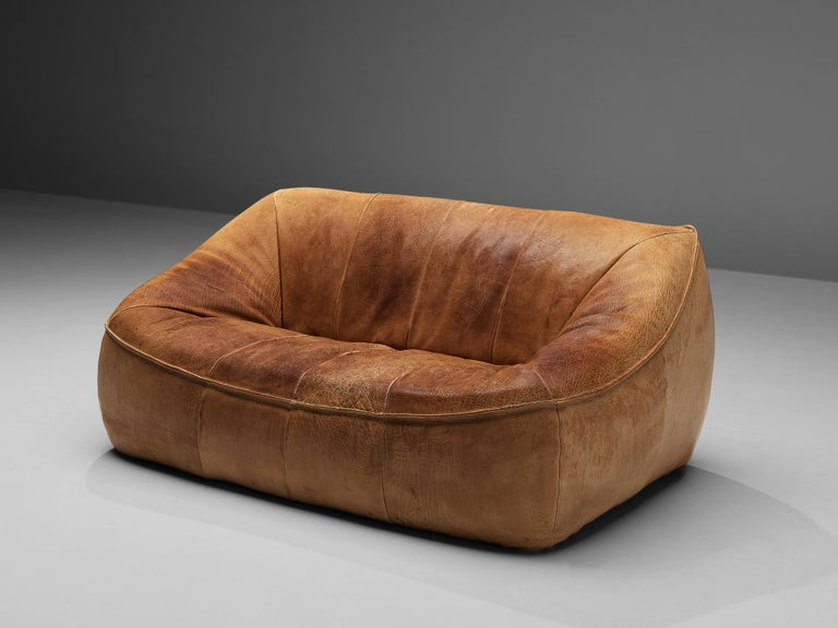 Gerard Van Den Berg for Montis, 'Ringo' sofa, leather, The Netherlands, 1974  This bulky two-seat 'Ringo' sofa is designed by the Dutch designer Gerard Van Den Berg. The sofa iscomfortable and shaped as a large cushion.The absence of straight