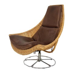 Gerard Van Den Berg Leather and Rattan Swivel Lounge Chair for Montis, Dutch