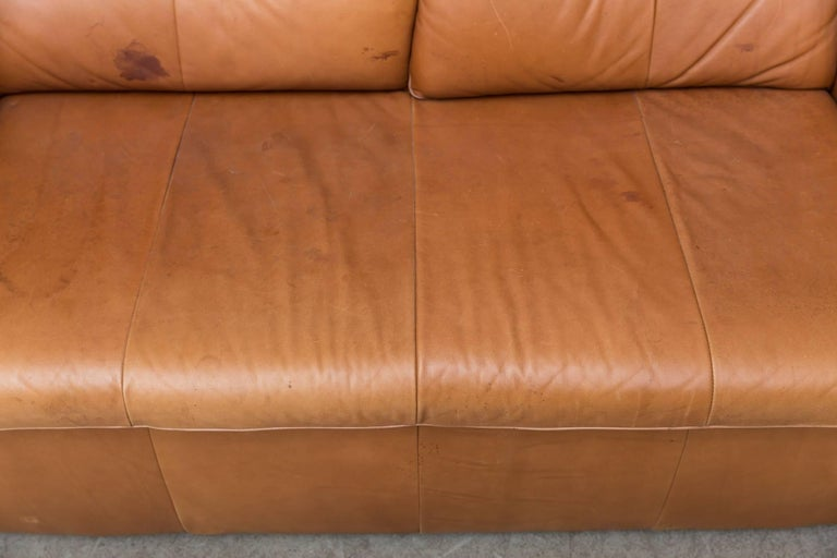 Gerard van den Berg Leather Love Seat For Sale 3
