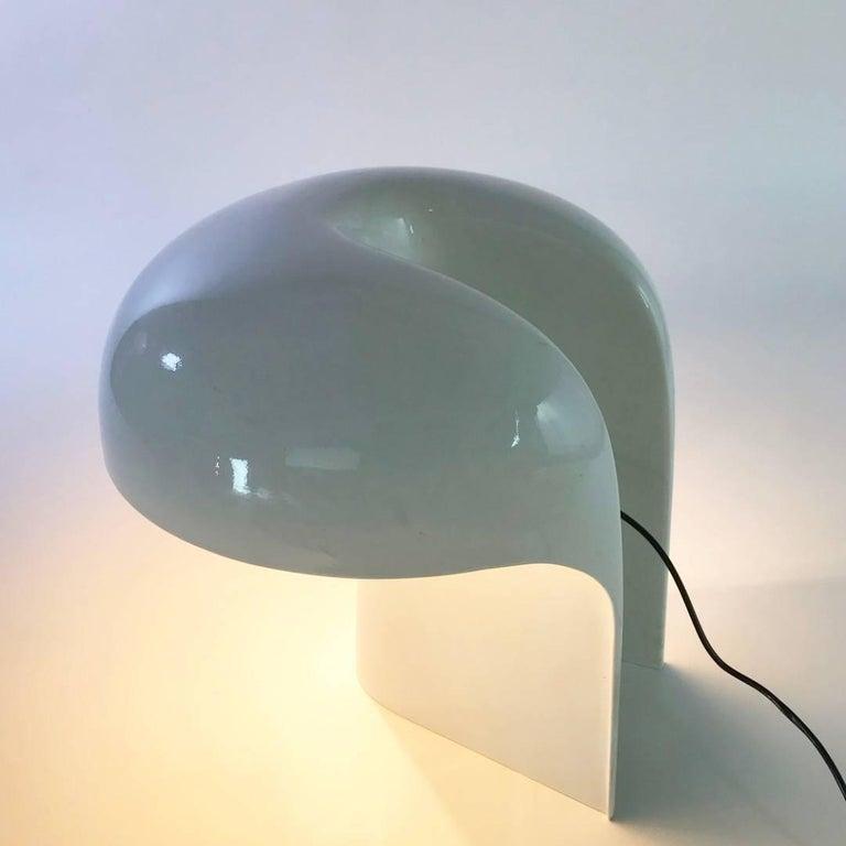 Fiberglass Gerd Lange White Table Lamp for Fehlbaum, Germany, 1970 For Sale