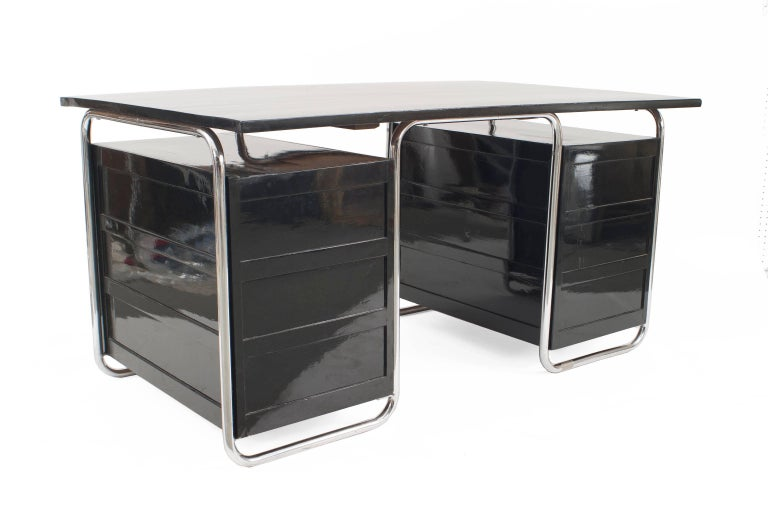 German Art Deco Wood Desk, by Marcel Breuer (Thonet) In Good Condition For Sale In New York, NY