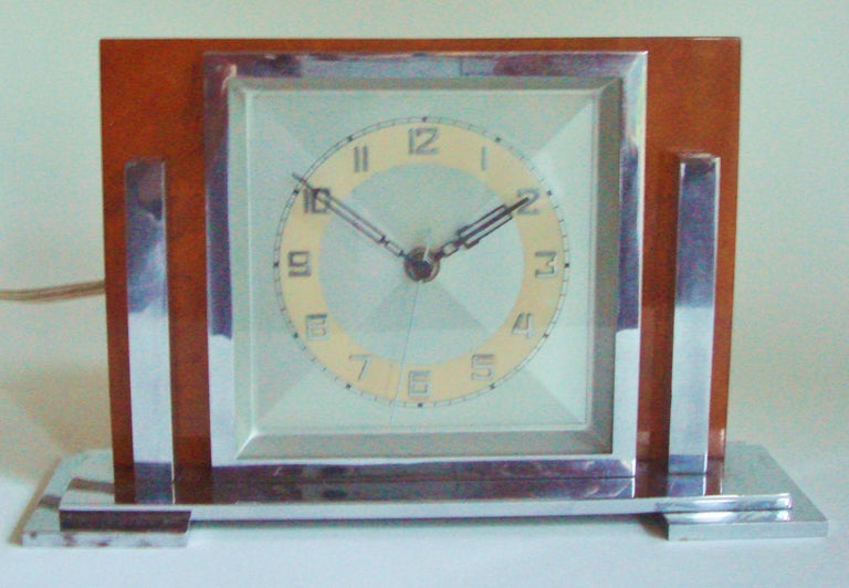 Molded German Art Deco Chrome and Butterscotch Marbled Bakelite Electric Desk Clock For Sale
