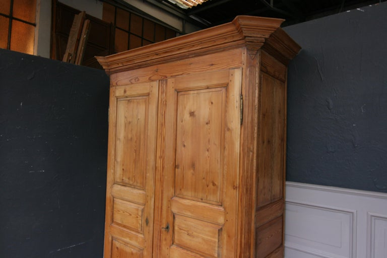 German Baroque Cabinet Made of Pine For Sale 8