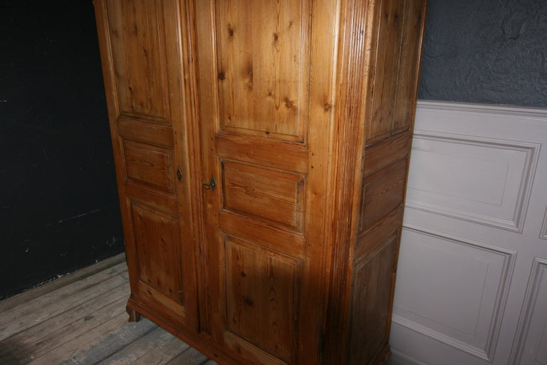 German Baroque Cabinet Made of Pine For Sale 13