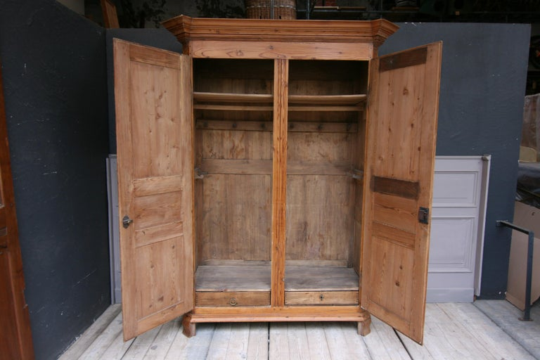 German Baroque Cabinet Made of Pine For Sale 1