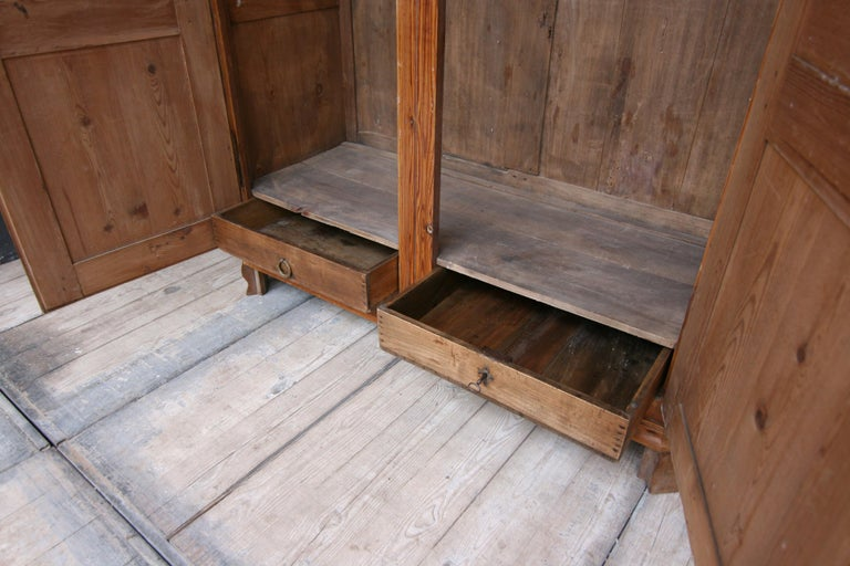 German Baroque Cabinet Made of Pine For Sale 5