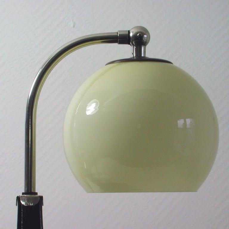 German Bauhaus Marianne Brandt Bakelite and Opal Touch Light Table Desk Lamp For Sale 7