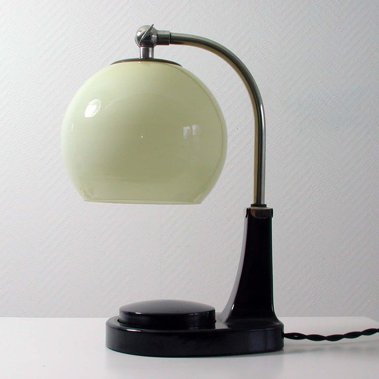 Mid-20th Century German Bauhaus Marianne Brandt Bakelite and Opal Touch Light Table Desk Lamp For Sale