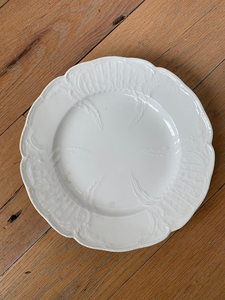 German Berlin Royal Vienna Style White Porcelain Plate by KPM Neuosier In Good Condition For Sale In Atlanta, GA