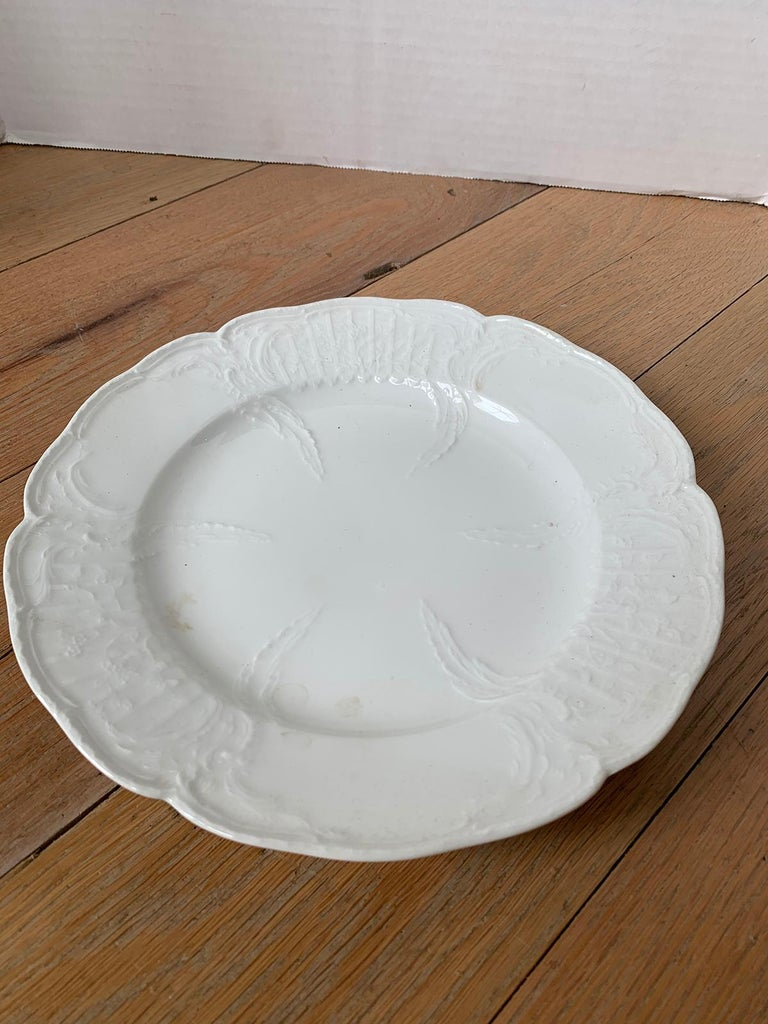 German Berlin Royal Vienna Style White Porcelain Plate by KPM Neuosier For Sale 1