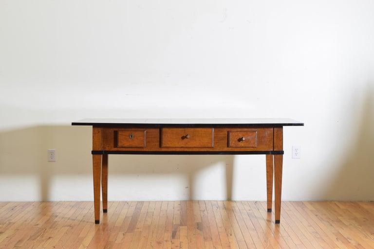 German Biedermeier Period Cherrywood and Ebonized Library Table, circa 1835 In Good Condition For Sale In Atlanta, GA