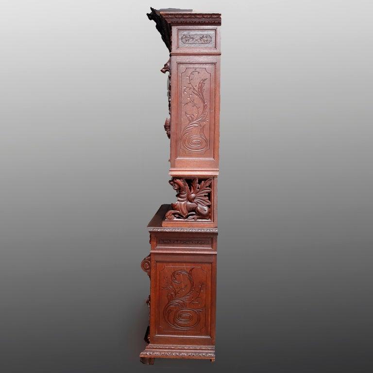 German Black Forest Figural Carved Oak Hunt Court Cupboard, circa 1890 For Sale 9