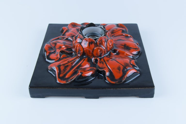 German Ceramic Red and Black Flower Shaped Square Wall or Ceiling Lamp, 1960s For Sale 5