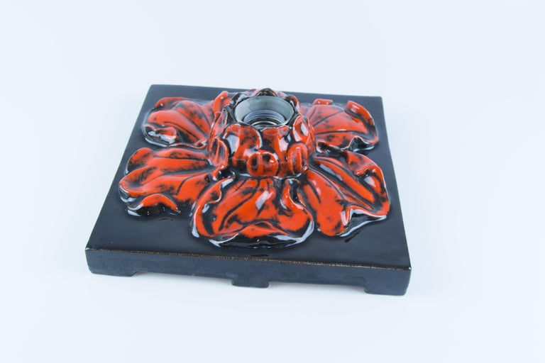 German Ceramic Red and Black Flower Shaped Square Wall or Ceiling Lamp, 1960s For Sale 11