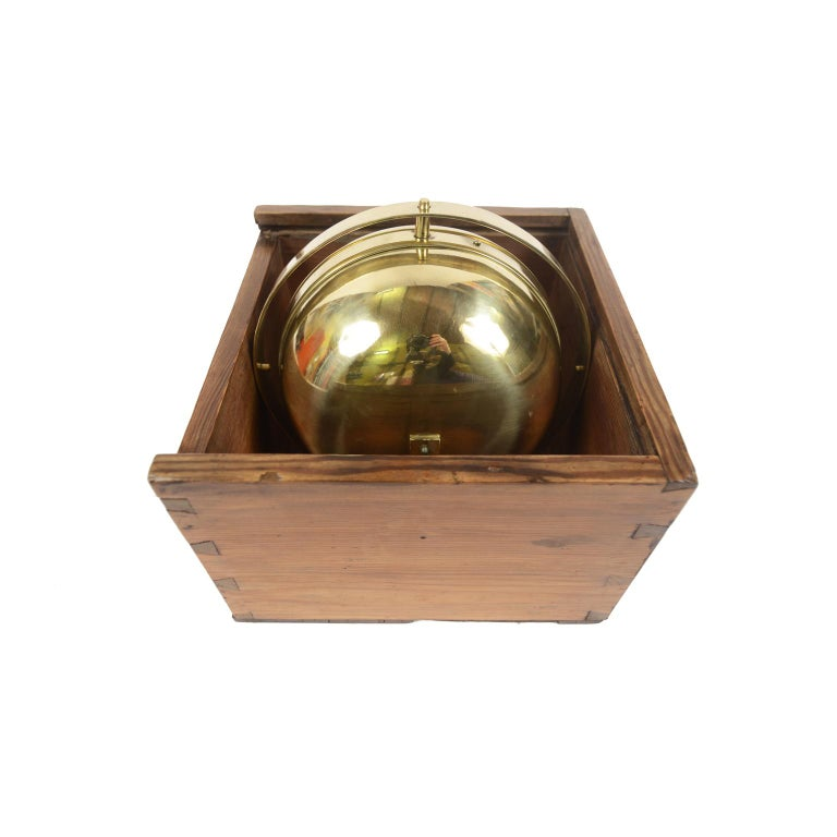 German Compass in Its Original Wooden Box with Slot Lid, 1860 In Good Condition For Sale In Milan, IT