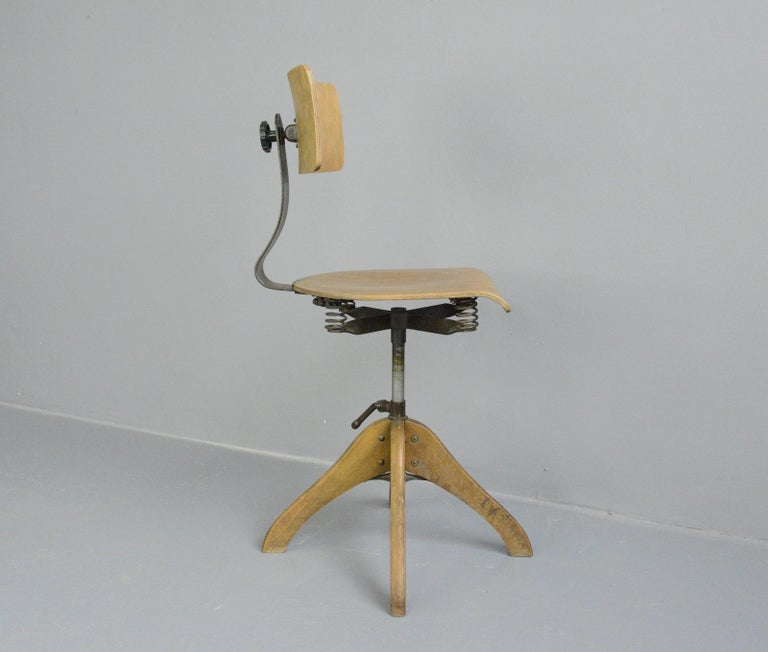 German Draftsman's Chair by Polstergleich, circa 1930s For Sale 2