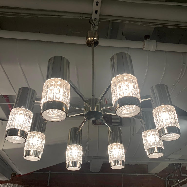 German High Style 1970s Chandelier For Sale 7