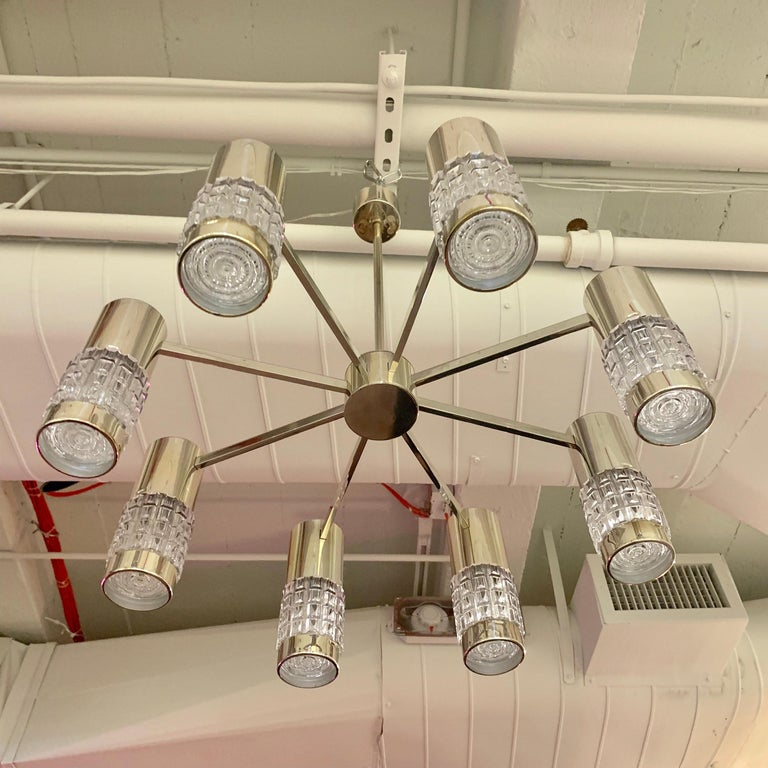 German High Style 1970s Chandelier In Good Condition For Sale In New York, NY