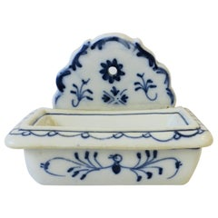 German Meissen Style Blue and White Porcelain Soap Dish