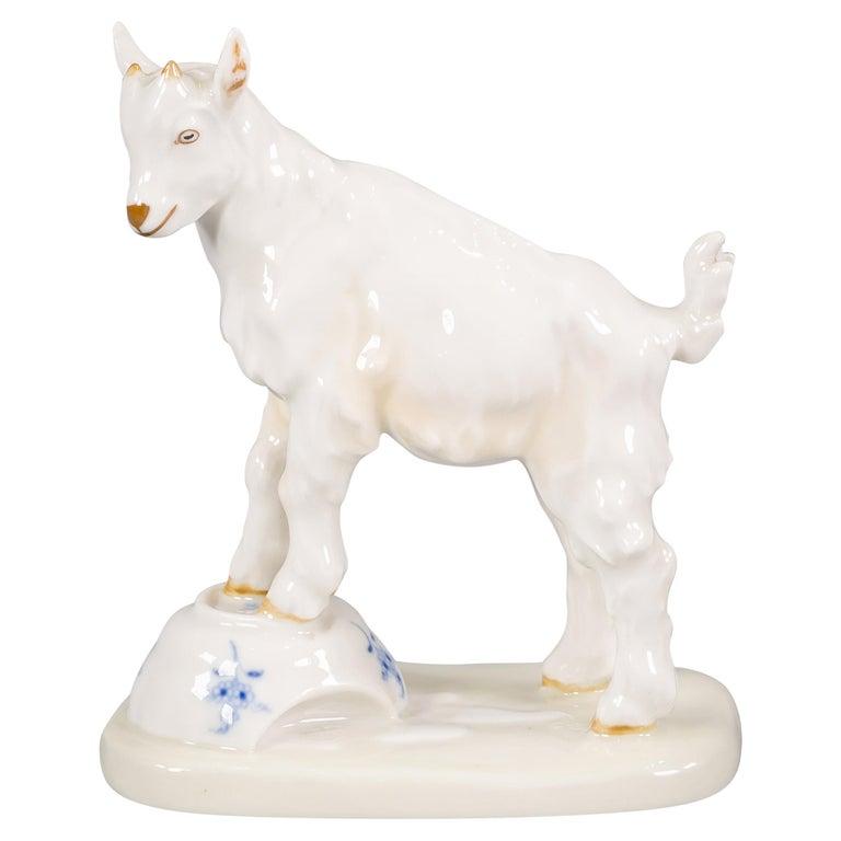 German Porcelain Goat, Meissen, circa 1920 For Sale