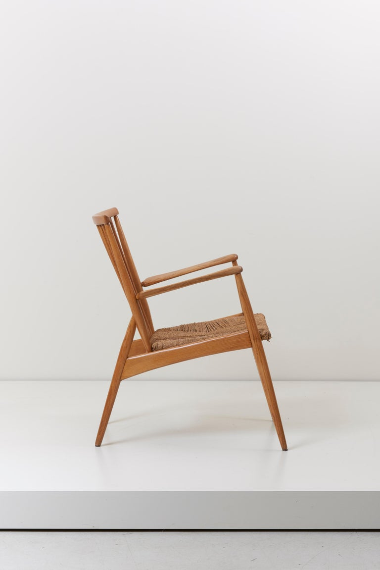 German Studio Lounge Chairs in Ash and Papercord In Excellent Condition For Sale In Berlin, DE