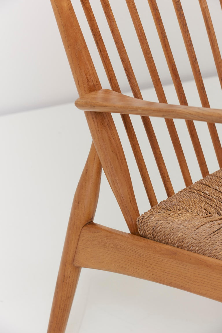 German Studio Lounge Chairs in Ash and Papercord For Sale 2