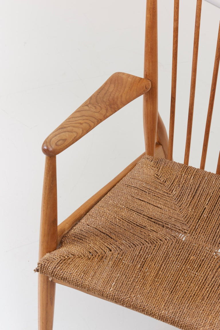German Studio Lounge Chairs in Ash and Papercord For Sale 4