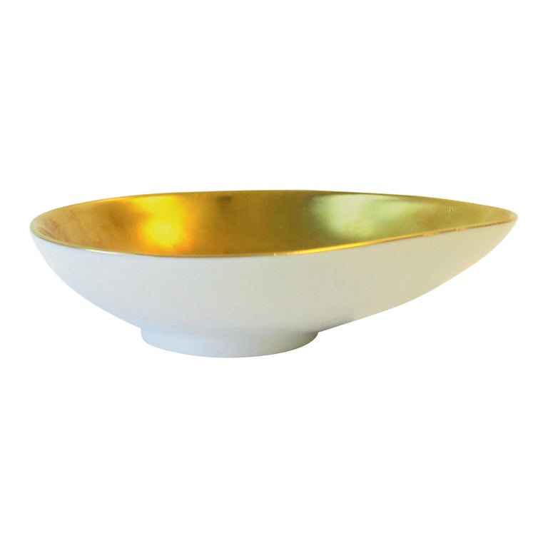 German White and Gold Porcelain Jewelry or Trinket Dish For Sale
