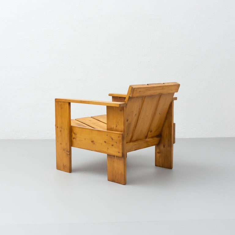 Gerrit Rietveld Mid-Century Modern Wood Crate Chair, circa 1950 In Good Condition For Sale In Barcelona, Barcelona