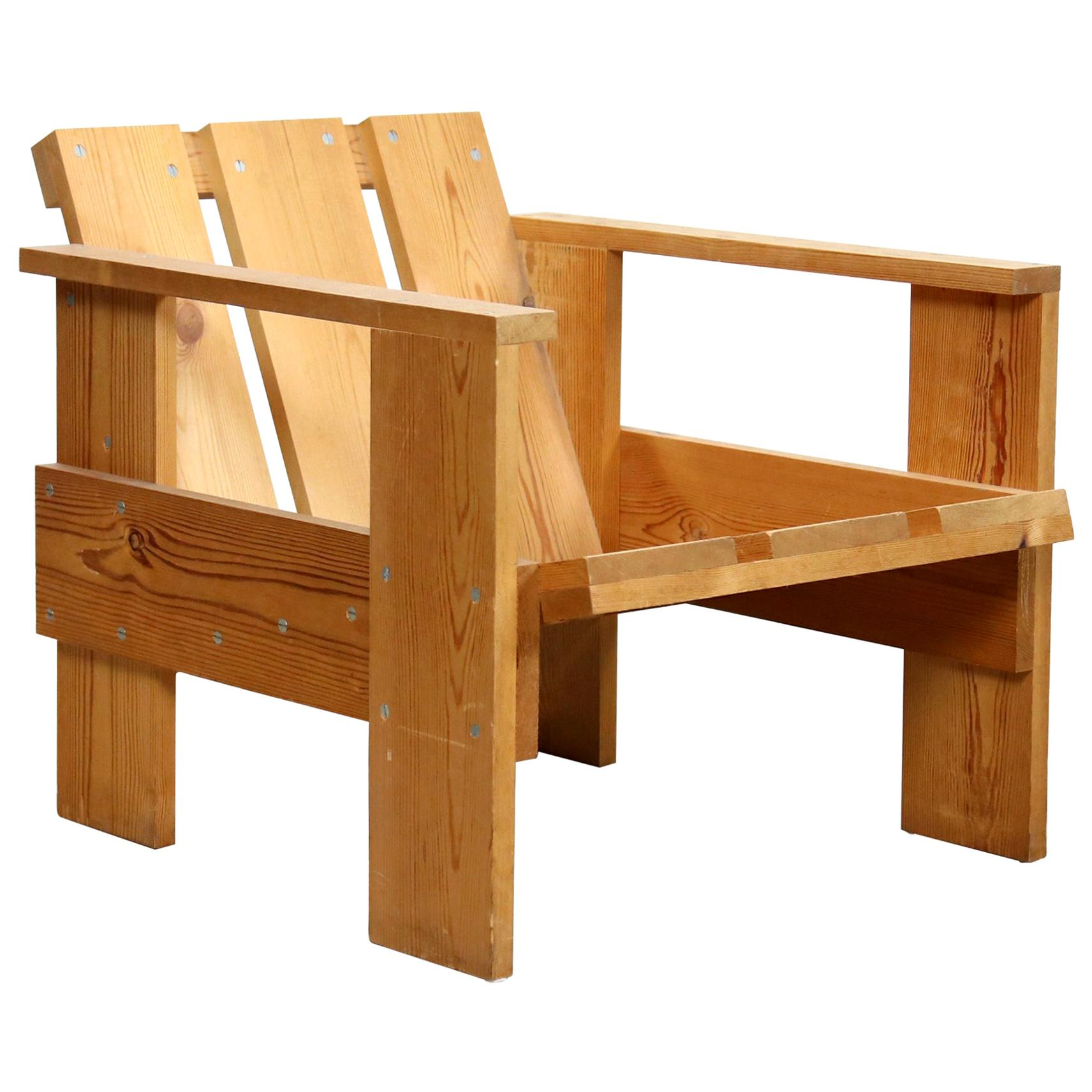 Original Gerrit Rietveld Dutch Modernist Pinewood Crate Chair designed in 1934