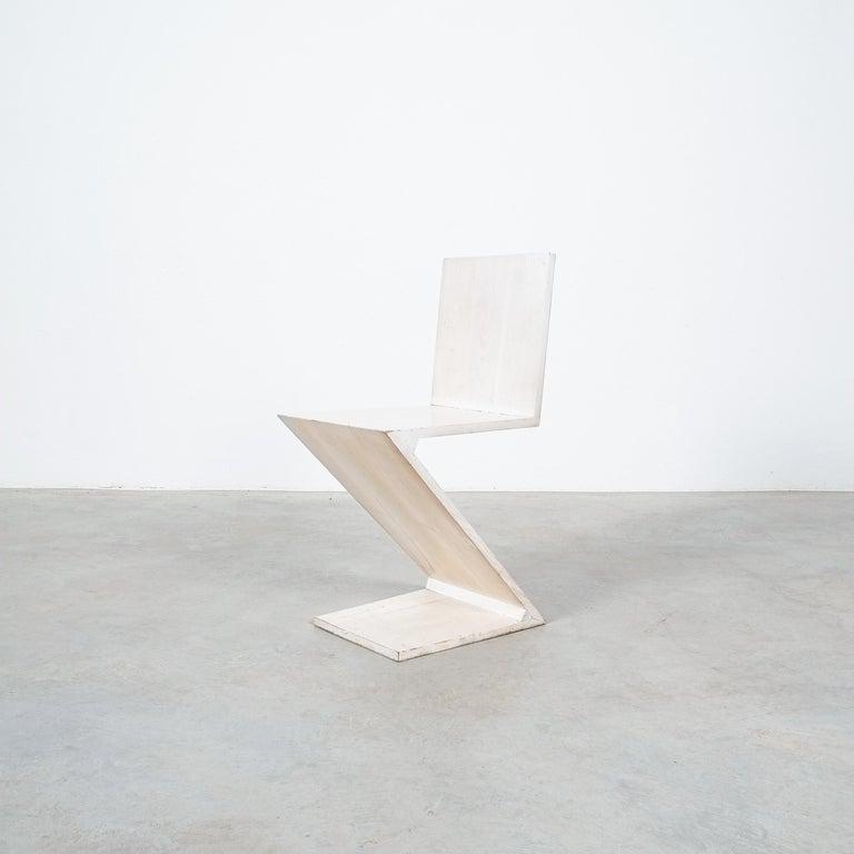 Gerrit Rietveld Zig Zag Chair Cassina, Circa 1970 3
