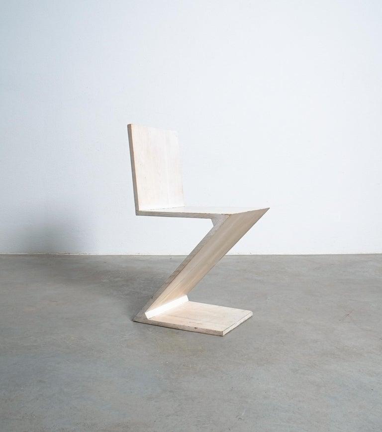 Mid-Century Modern Gerrit Rietveld Zig Zag Chair Cassina, Circa 1970