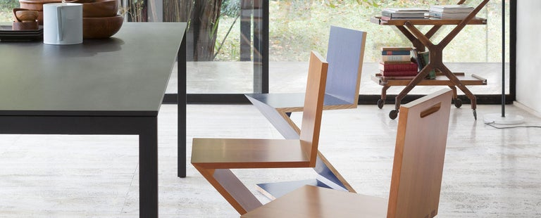 Gerrit Thomas Rietveld Zig Zag Chair by Cassina For Sale 3
