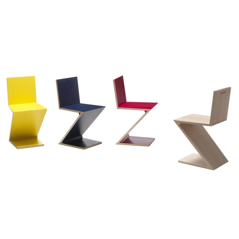 Italian Gerrit Thomas Rietveld Zig Zag Chair by Cassina For Sale