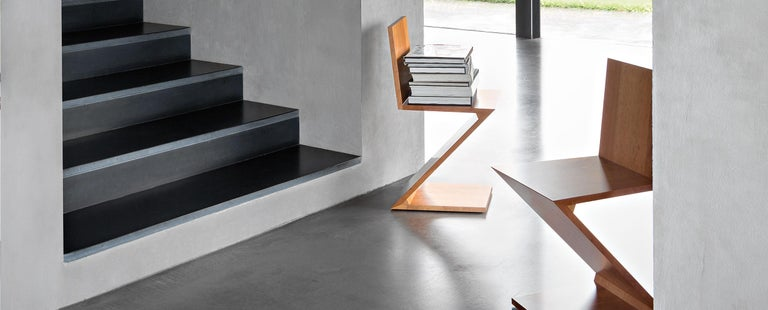 Gerrit Thomas Rietveld Zig Zag Chair by Cassina For Sale 2