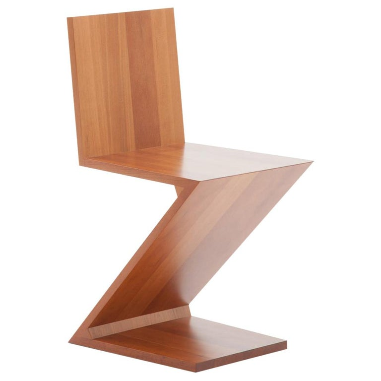 Gerrit Thomas Rietveld Zig Zag Chair by Cassina For Sale