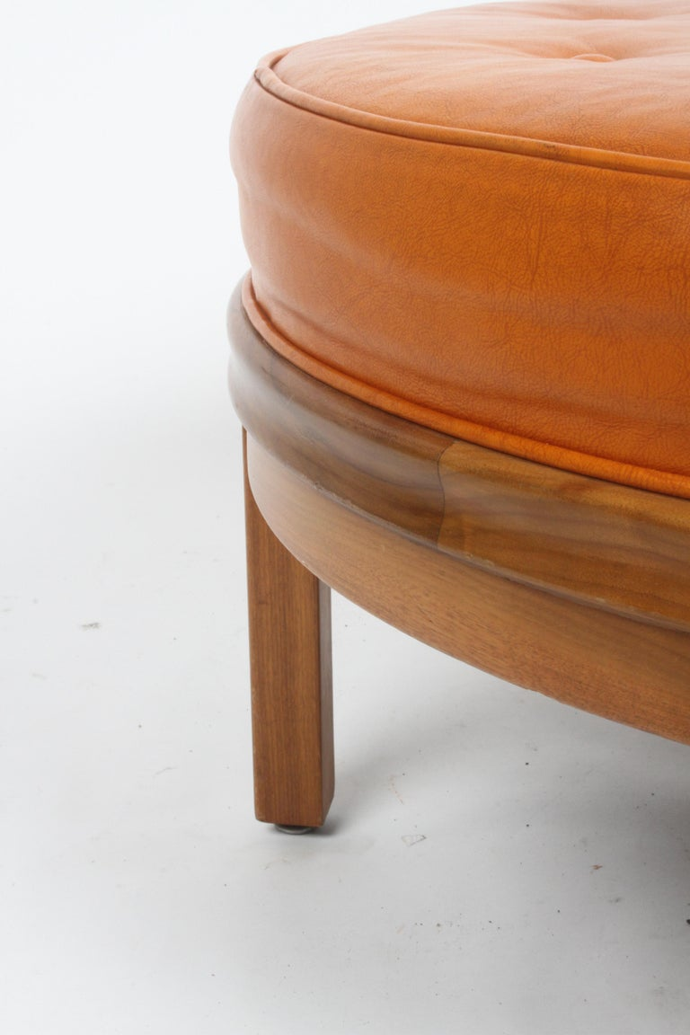 Mid-20th Century Gerry Zanck for Gregori, Round Orange Leather Pouf or Ottoman on Walnut base  For Sale