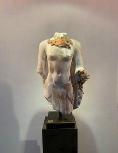 Arsinoe IV Alabaster Sculpture Gold Copper Contemporary In Stock