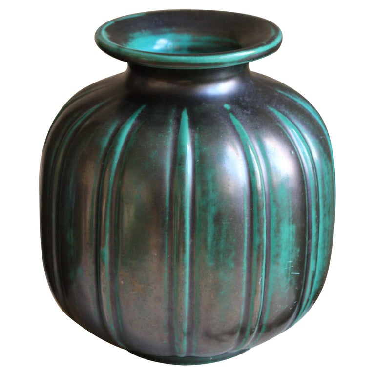 Gertrud Lönegren, Modernist Vase, Green Glazed Stoneware, St. Eriks Upsala 1930s For Sale