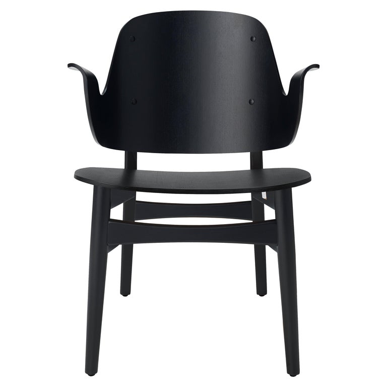 For Sale: Black Gesture Lounge Chair in Pure Wood, by Hans Olsen from Warm Nordic