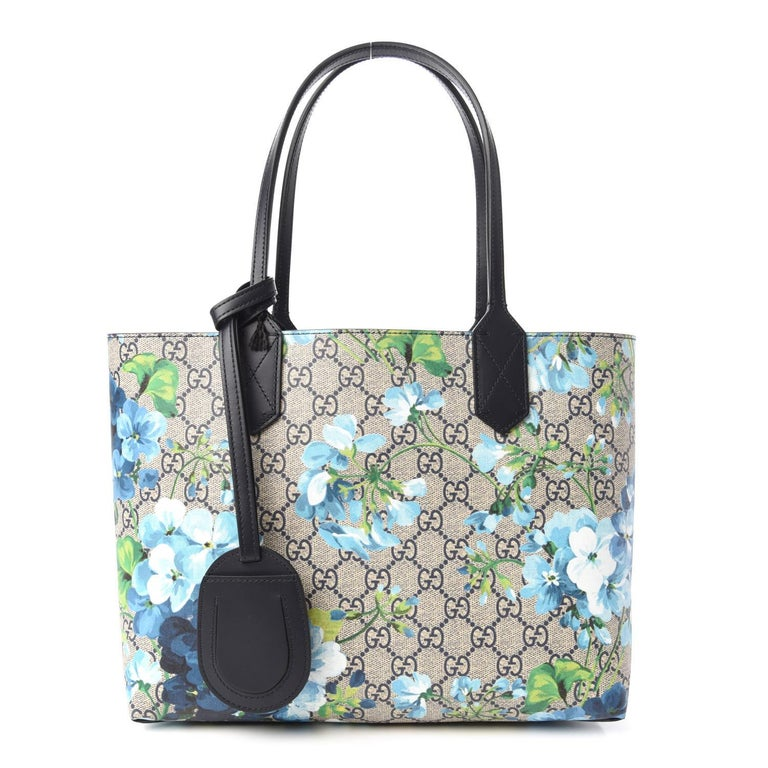 GG Supreme Monogram Blooms Print Small Reversible Tote Blue $1800 546323 Style  In New Condition For Sale In Montreal, Quebec