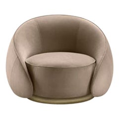 Ghidini 1961 Abbracci Armchair in Beige Leather with Brass Base by L. Bozzoli