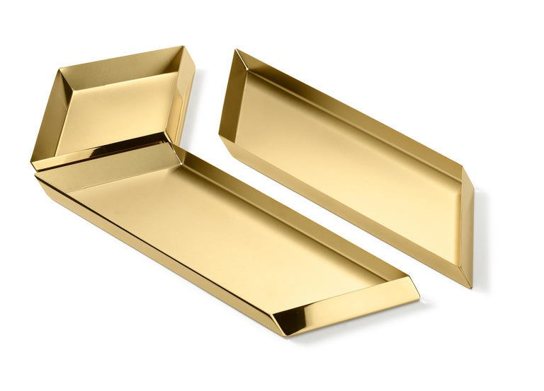 Modern Ghidini 1961 Axonometry Large Parallelepiped Tray in Brass by Elisa Giovanni For Sale