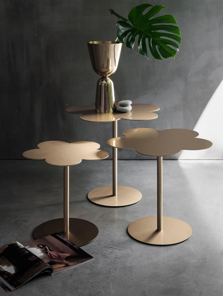 Ghidini 1961 Medium Flowers Coffee Side Table in Brass by Stefano Giovannoni In New Condition For Sale In Villa Carcina, IT