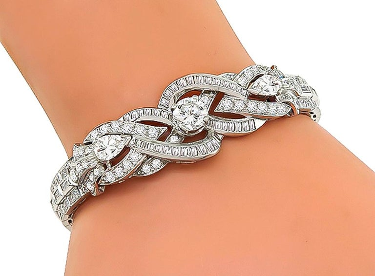 Round Cut GIA 0.97 Carat Center Diamond Platinum Bracelet For Sale