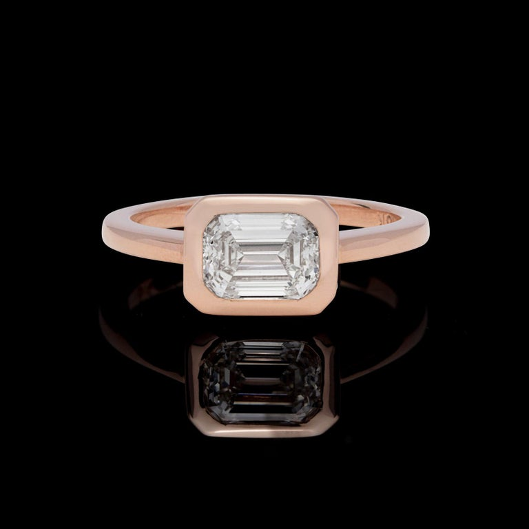 Modern GIA 1.20 Carat I/VS1 Emerald Cut Engagement Ring For Sale